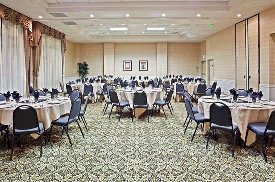 Holiday Inn Seattle Downtown: Our Ballroom can accommodate groups up to 120 people