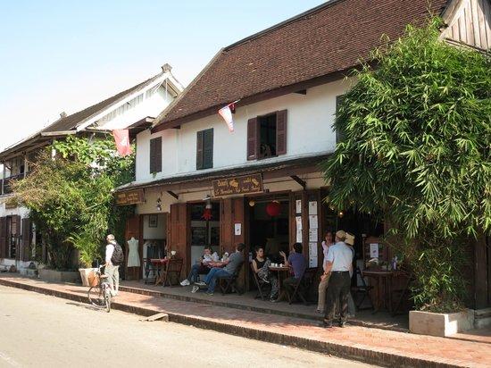 Le Banneton Cafe: External view