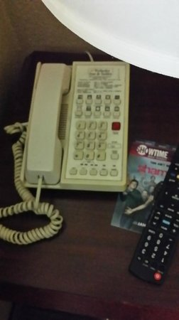 Extended Stay America - Dallas - Vantage Point Dr.: This phone did not work properly, no dial tone - I could not contact the front desk.