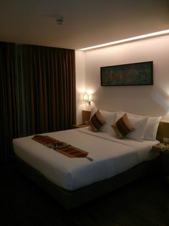 CityPoint Hotel: Bed