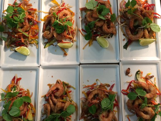 Arkaba Hotel: Function dining -  prawns ready to go!