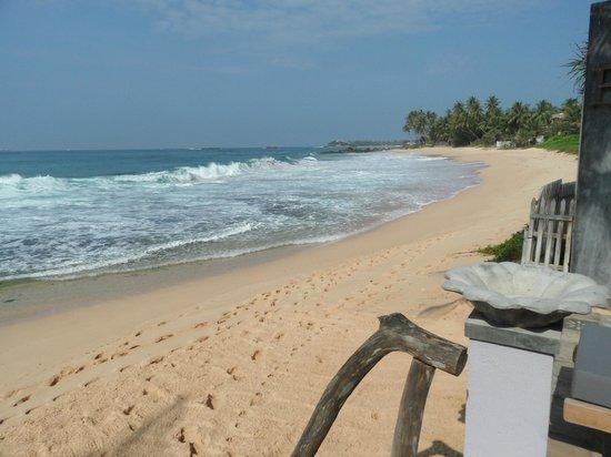 EKA Beach: Beach at EKA