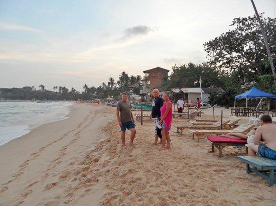 EKA Beach: Beach restaurants few minutes from EKA