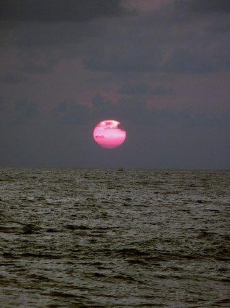 EKA Beach: Sunset
