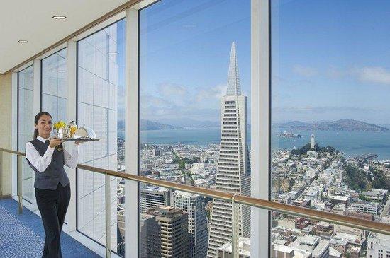 Loews Regency San Francisco: Sky Bridge Service