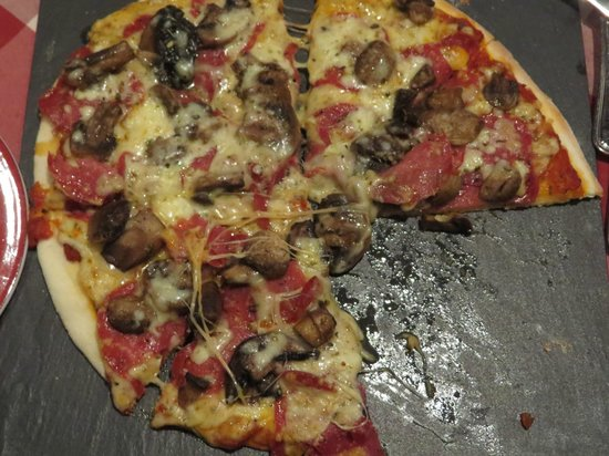 InterContinental Lusaka: Tasty Pizza