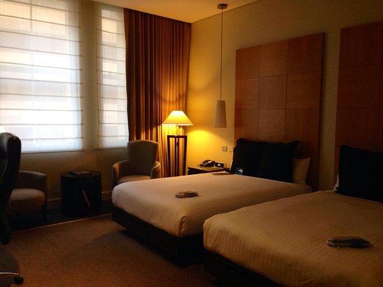 Radisson Blu Plaza Hotel Sydney : スーツケースもゆっくり広げられました。