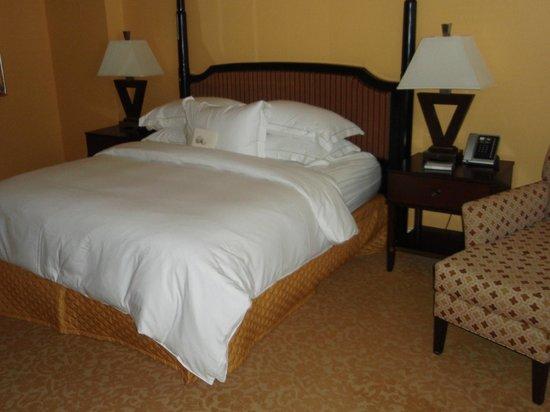 Hilton Grand Vacations at Hilton Hawaiian Village: メインルーム