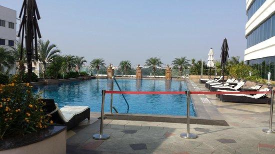 Swimming Pool Picture Of Vivanta By Taj Surya Coimbatore Tripadvisor