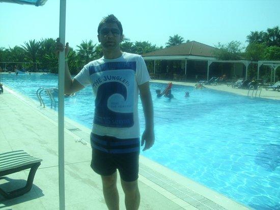 Sural Resort: havuz