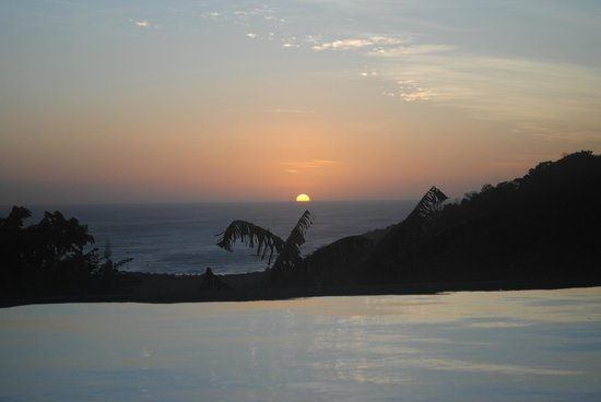 Finca Las Nubes: Sunset View
