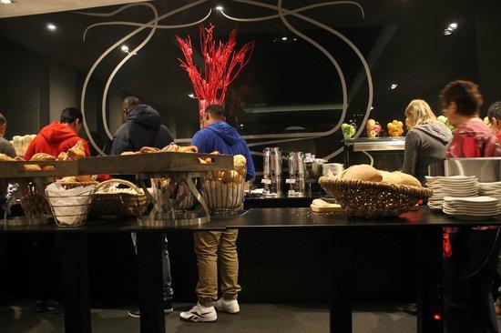 Park Inn by Radisson Brussels Midi : Restaurant