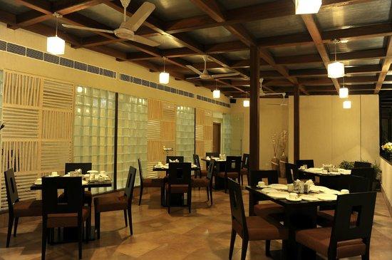 Ahuja Residency DLF Phase 2: Restaurant