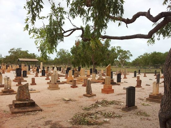 Cable Beach Club Resort & Spa: Japanese Cemetery in Broome -