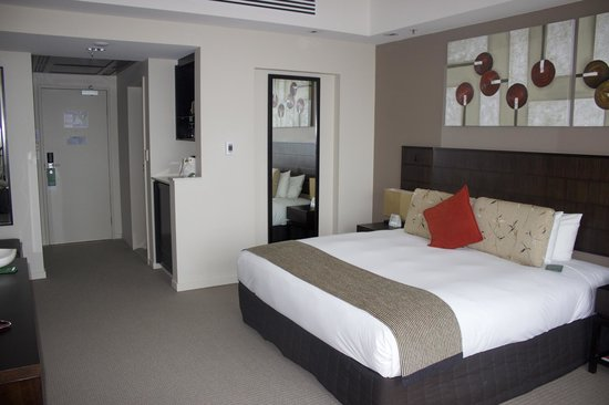 RACV Royal Pines Resort : bed