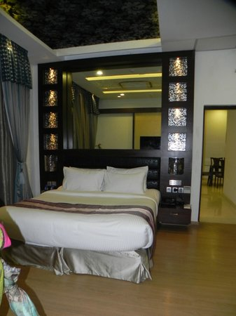Clarks Exotica Convention Resort & Spa: One of the bedrooms