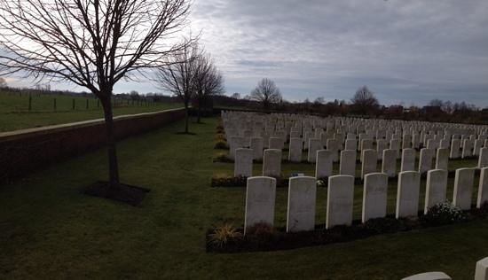 Artillery Wood Cemetary : a sombre experience