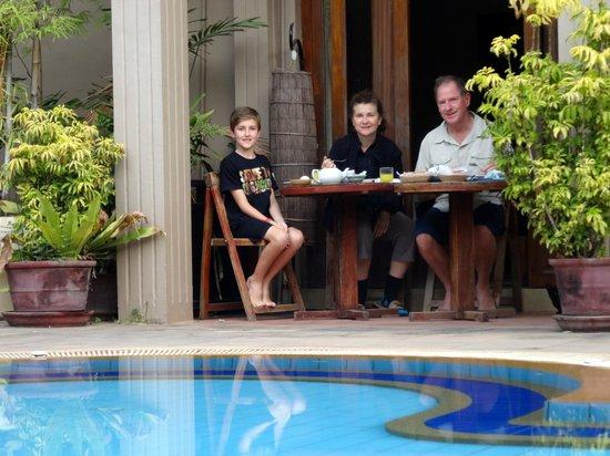 Antanue Spiritual Resort & Spa: breakfast time