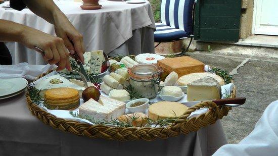 Le Mas d'Entremont : Plateau de fromages