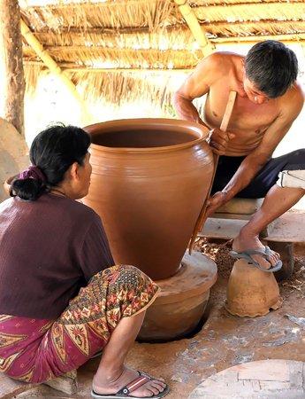 Ban Chan Pottery Village