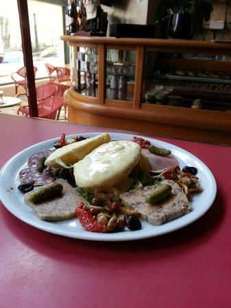 La Chicorée : Salade raclette.