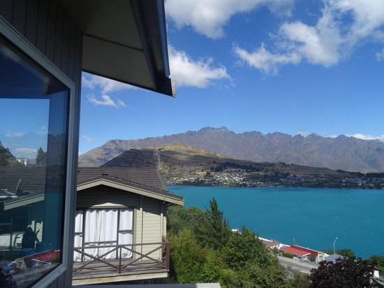 Campbell's B&B on Earnslaw: View from B&B