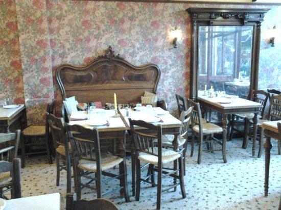 Cafe Avissinia: Εσωτερικό ισογείου