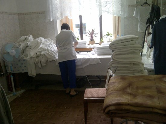Sever Hotel: Laundy room and Ironing Lady - additional service