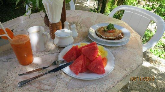 Pacific Club Resort: frukost