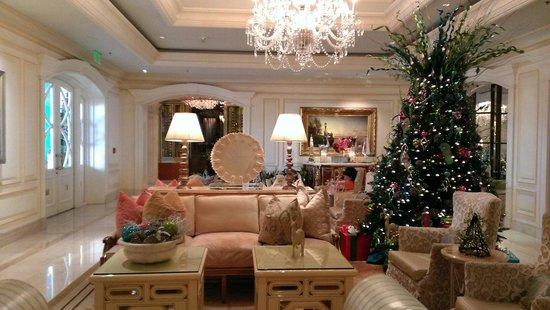 Eau Palm Beach Resort & Spa: Whimsical Elegant