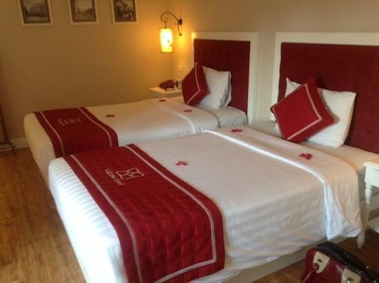 Calypso Grand Hotel: our room at the calypso grand hanoi