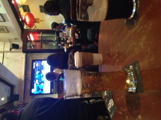 McSorley's Ale House : Beer and sports