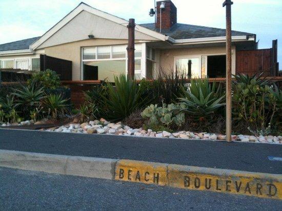 Endless Summer Beachhouse: The house
