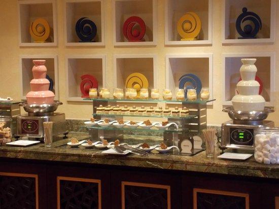 Movenpick Ibn Battuta Gate Hotel Dubai : One of the desert stations