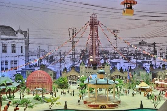 Shinsekai: 通天塔內的模型
