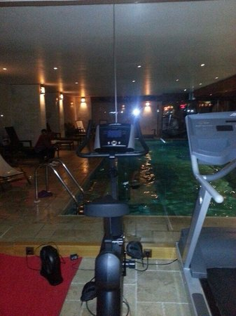Darkhill Hotel: gym
