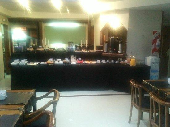 Tritone Hotel: Foto do salão de café da manhã