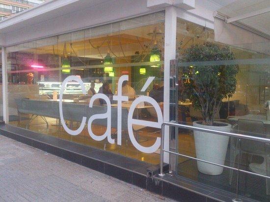Hotel Agir: Cafetería del hotel