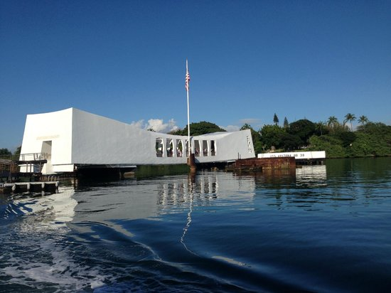 USS Arizona Memorial/World War II Valor in the Pacific National Monument: USS Arizona Memorial
