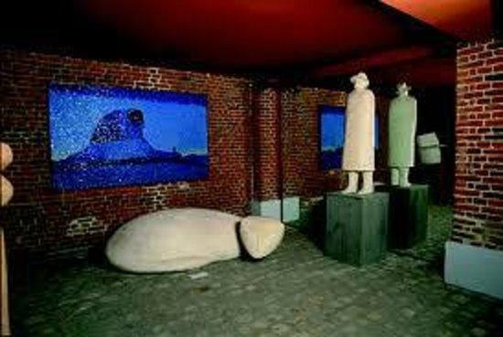 Foundation Folon: Galerie des Sculptures