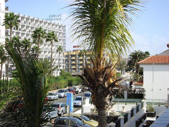 Beverly Park Hotel : Havde bestilt lejlighed i anneks direkte ved stranden ok det var  en super placering