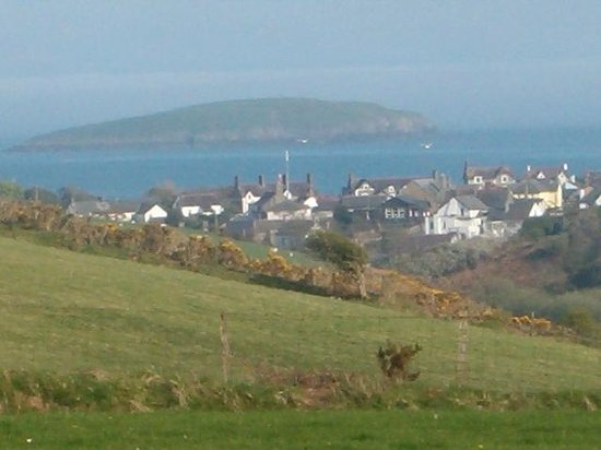 Tyn-Y-Mur Touring and Camping: View of Abersoch Bay