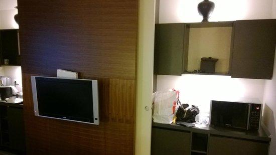 Milan Suite Hotel: x