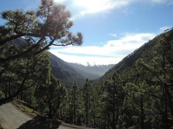 Caldera de Taburiente National Park: Cumbre Nueva und die überschwappenden Wolken