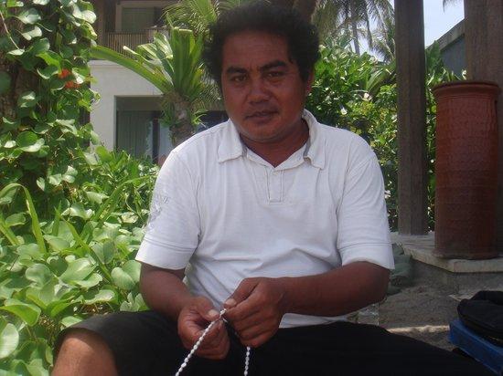 Sudamala Suites & Villas Senggigi : pearl seller