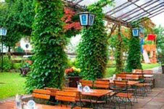 Alpenhotel Ohlstadt : Biergarten
