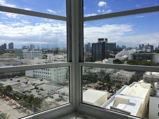 Delano South Beach Hotel: 14th floor room