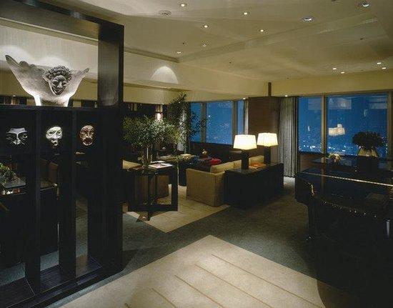 Park Hyatt Tokyo: TYOPH_P047 Tokyo Suite Living