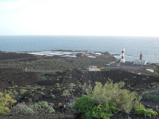 Volcan Teneguia: Blick von oben auf die Salinen von Fuencaliente