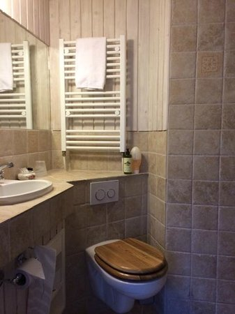 Hotel Villa Brinkly: One of our newly furbished bathrooms